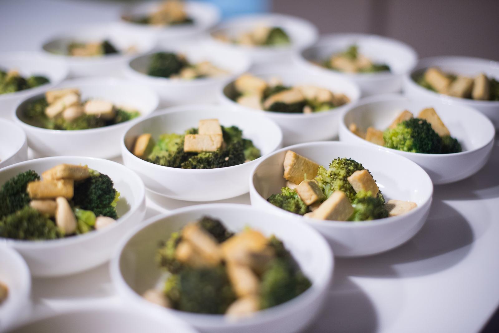 Tofu y brócoli